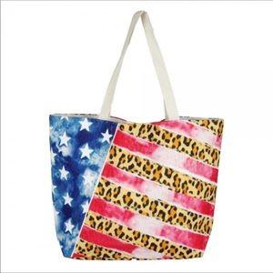 💋 American Flag with Leopard Print! Beach Bag!